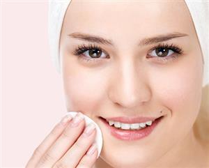 10 نکته برای داشتن پوست درخشان بعد از خواب
