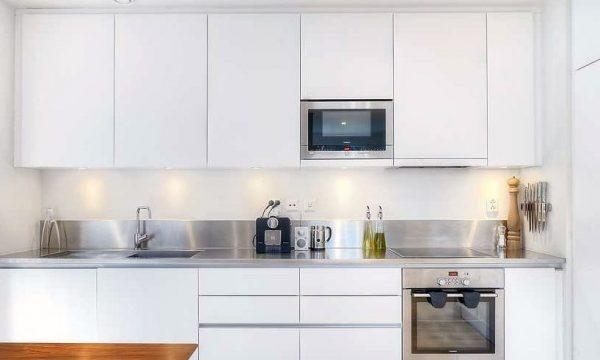 رنگ سفید؛ یکی از مناسبترین رنگها برای آشپزخانه