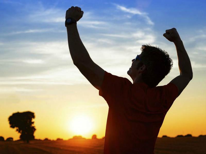 موفقیت و شادی چه نسبتی با هم دارند؟