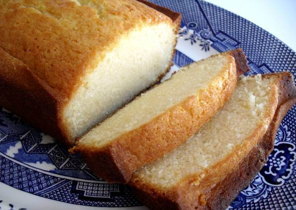 طرز تهیه پاوند کیک شیرعسلی