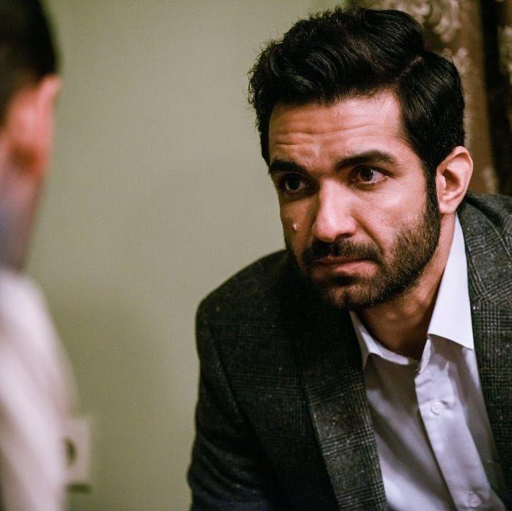 رضا اکبرپور، بازیگر نقش سامان در سریال حوالی پاییز: پایان سریال مخاطب را غافلگیر میکند