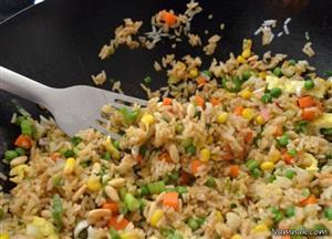 آشپزی / دستور پخت پلو چینی ،بهعنوان غذایی خاص و ویژه