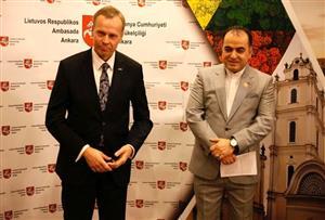گسترش روابط علمی و گردشگری میان ایران و لیتوانی