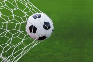 جوسازیدختری علیهستارههای فوتبال