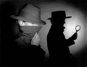 داستان پليسي/ دکمه طلایی
