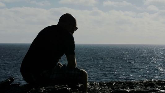 گفتوگو با معتادی که از اعتیاد نجات یافت؛ پدرم به خاطر کارهای من مرد
