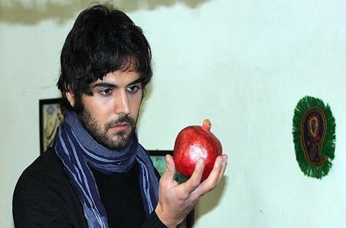 گفتوگوی پاشا رستمی بازیگر نقش حامد در سریال لحظه گرگ و میش در لایو اینستاگرام با مردم: احسان برمیگردد