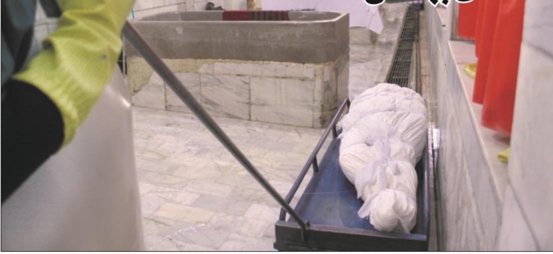گفتوگو با قدیمیترین غسال بهشتزهرای(س) تهران که شهدای معروف را غسل داده است