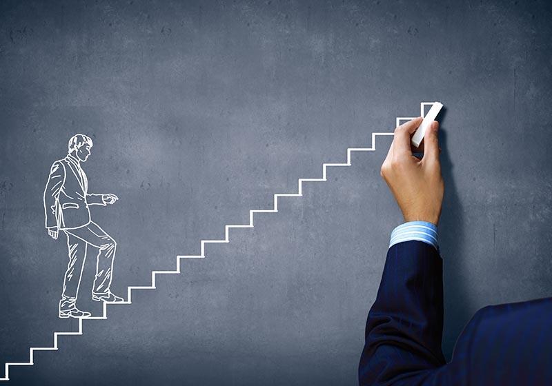یک سوال ساده با جواب پیچیده ؛ موفقیت چیست؟