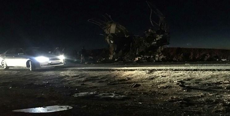 فیلمی از حمله تروریستی به اتوبوس کارکنان  سپاه در جاده خاش-زاهدان