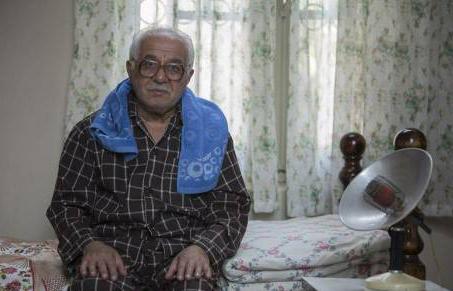 فرید سجاد حسینی بازیگر نقش آقاجون در سریال لحظه گرگ و میش: چرا این سریال پربیننده است؟