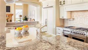 چگونه سنگ و سرامیک کف خانه را در خانه تکانی تمیز و براق کنیم