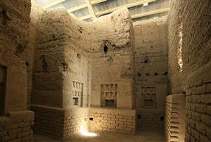 ارگ باستانی نوشیجان کجا است و تاریخچه آن چیست؟