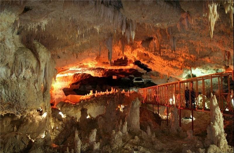 غار کتله خور کجا است و چه بخشهای دیدنی دارد؟