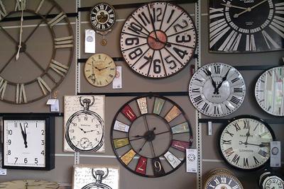 راهنمای خرید بهترین ساعت دیواری متناسب با دکوراسیون خانه شما