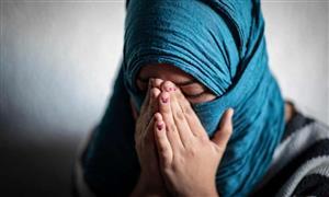 اظهارات دردناک زن مهاجر ؛ سمیرا: رفتم توتفرنگی بچینم به من تجاوز کردند