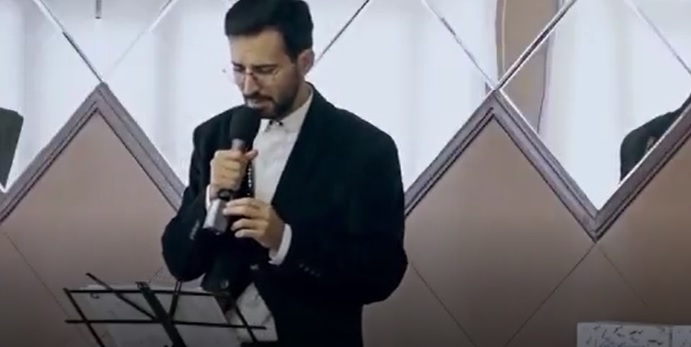راز خواننده بدصدای رستوران برملا شد
