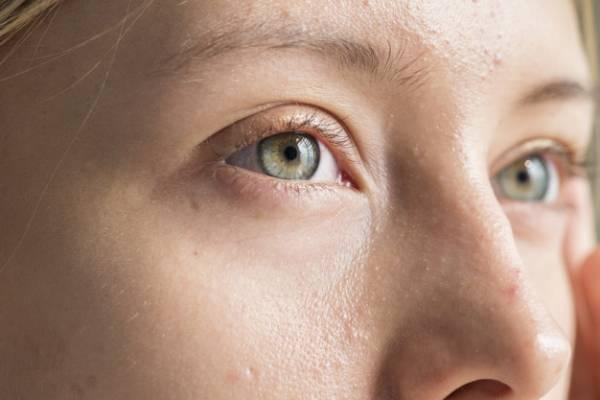 راهنمای انتخاب لنز رنگی متناسب با رنگ پوست