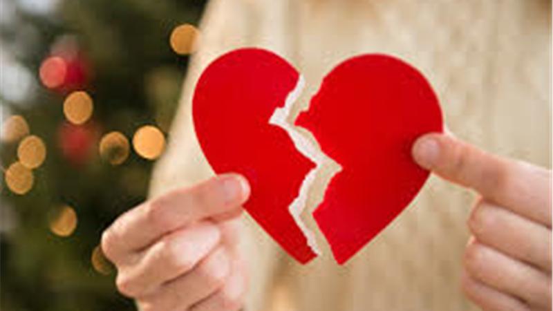 چرا بعد از طلاق احساس ناراحتی داریم و راه چاره چیست