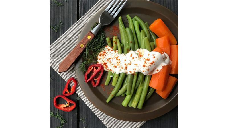 چگونه سبزیجات را با بلانچ کردن در یخچال تازه نگه داریم