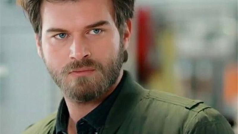 بیوگرافی کامل کیوانچ تاتلیوغ هنرپیشه ترکیه ای