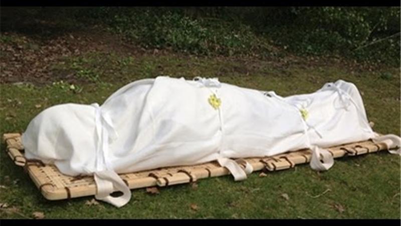 جنازه زنی لا به لای شمشادها؛ چه کسی از این راز خبر دارد