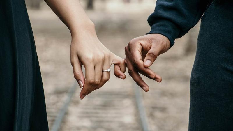 آیا با ازدواج آزادیهای خود را از دست میدهیم