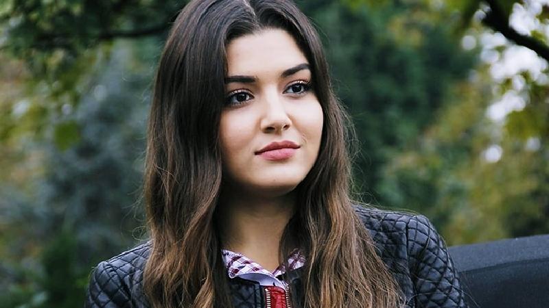 بیوگرافی کامل هانده ارچل بازیگر زن ترکیه ای  فیلم مست عشق