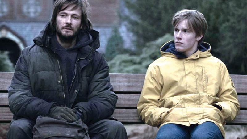 نقدی بر سریال دارک یا تاریک؛ چرا سریال دارک ارزش تماشا دارد