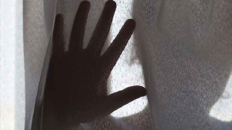 تجاوز 5 مرد به زن باردار هندی