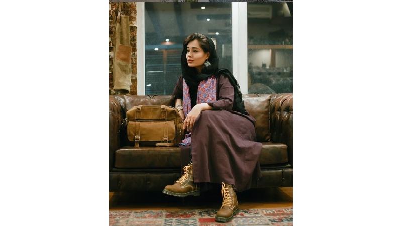 دلنوشتههای شاعرانه سانیا سالاری بازیگر نقش ارغوان در سریال دلدادگان