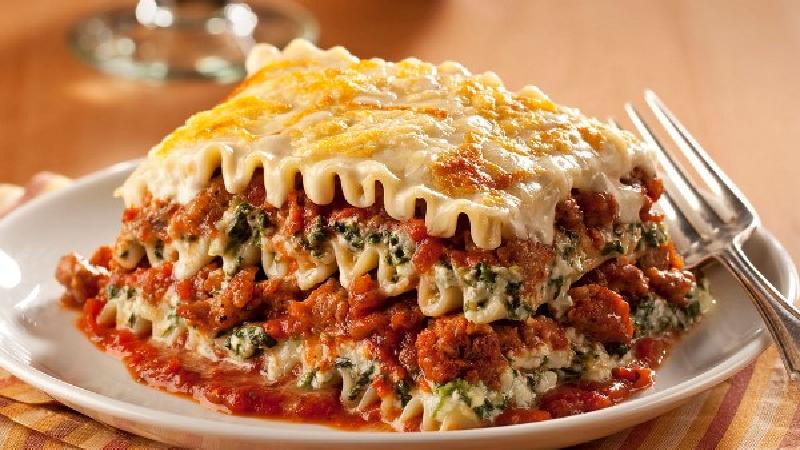دستور پخت کامل لازانیا به سبک آشپزهای حرفهای رستورانها