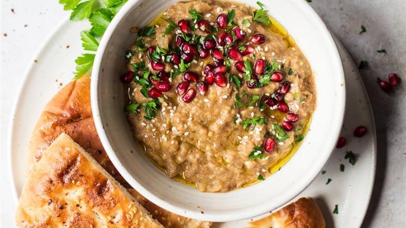 طرز تهیه بابا غنوش پیش غذای مشهور عربی