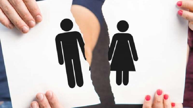 حقههای عجیب زنی برای طلاق