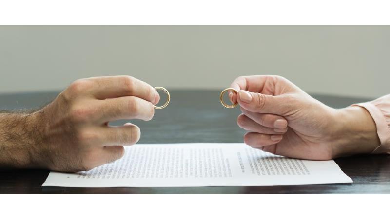 طلاق؛ پایان زندگی رازآلود یک زوج