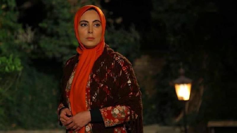 نیلوفر شهیدی، بازیگر نقش شکوفه در سریال وارش: صبوری و وقار شکوفه بسیار جذاب است