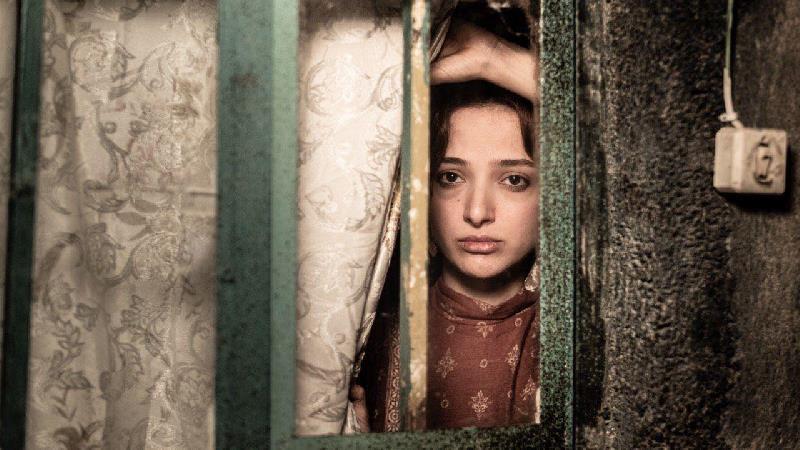 معرفی فیلم مردن در آب مطهر+ خلاصه داستان