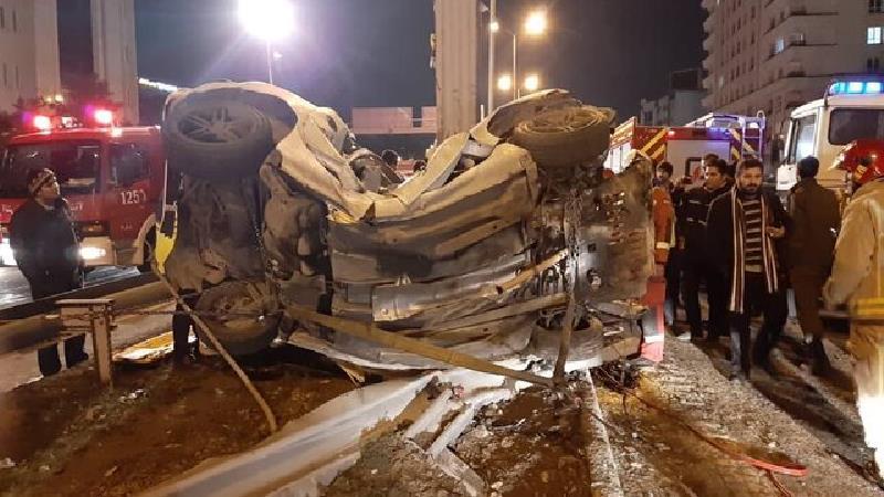 تصادف مرگبار در اتوبان نیایش+ گزارش تصویری