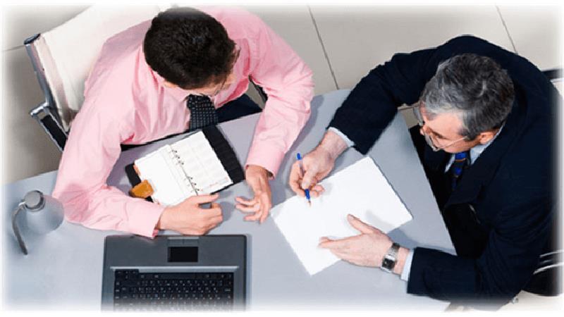 مشورت کردن چه فایدهای دارد و با چه کسانی باید مشورت کرد؟