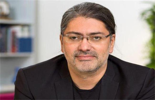 معرفی دکتر علی میرعظیمی،  پزشک ایرانی که داروی احتمالی کرونا را کشف کرد