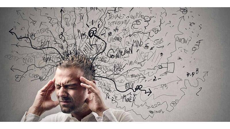 افکار منفی چرا به وجود میآیند و چگونه از شرشان خلاص شویم