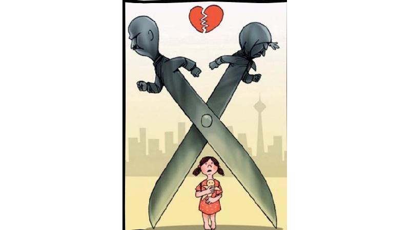 درخواست طلاق به خاطر مادر بیتفاوت