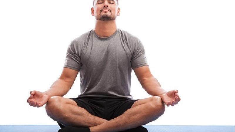 یوگا چه تاثیرات خوب و بدی بر زندگی ما میگذارد