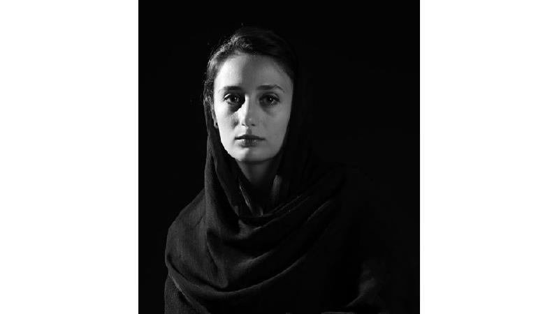 بیوگرافی آوا درویشی بازیگر نقش آب پری در سریال آب پریا