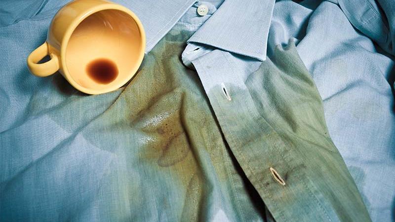 لکههای مختلف را چگونه از روی لباس پاک کنیم؟