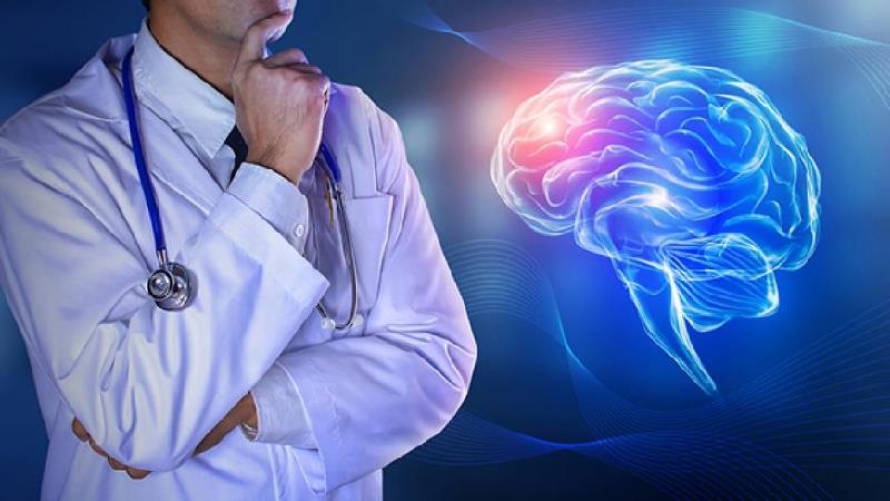 آنوریسم مغزی چیست و چه علایم و عوارضی دارد