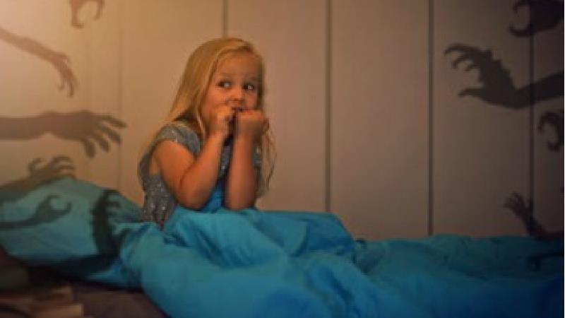 کابوس و اختلال خواب کودکان نشانه چیست و چه باید کرد