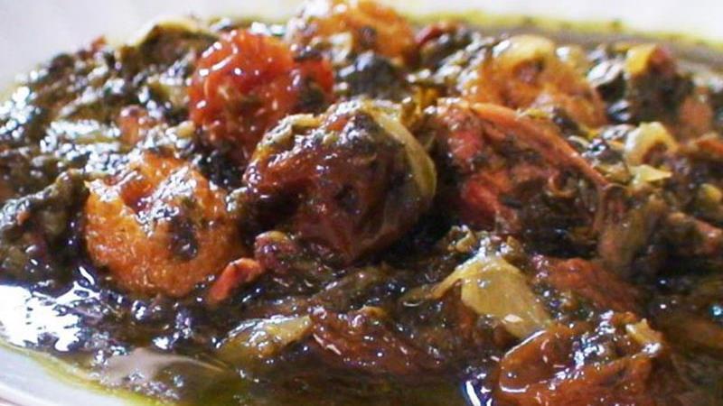طرز تهیه آسان خورشت آلو اسفناج با گوشت