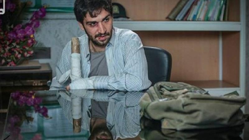 صادق برقعی، بازیگر سریال زمین گرم: علیار تا آخر سریال تصمیمهای عجیبی میگیرد