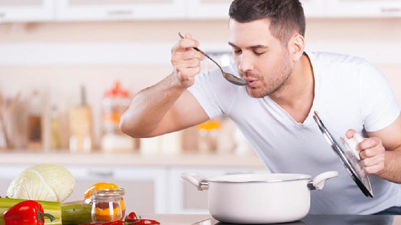 طرز تهیه سوپ کلم بروکلی و سوپ مارچوبه؛ 2 پیش غذای مجلسی فوق العاده
